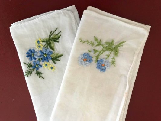 Green Simple Swaps - From Tissues to Hankies